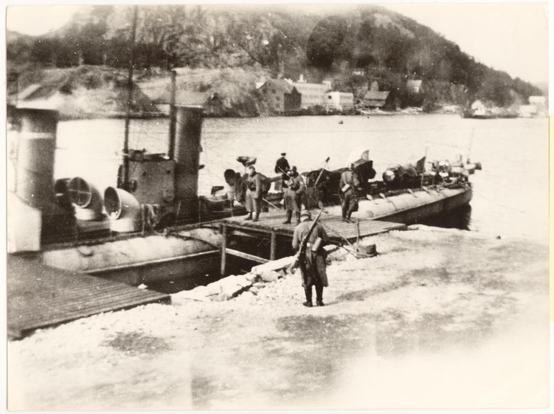 """Den norske torpedobåten """"Skarv"""" som lå ved Bradbenken ble overgitt uten kamp den 9. april 1940."""