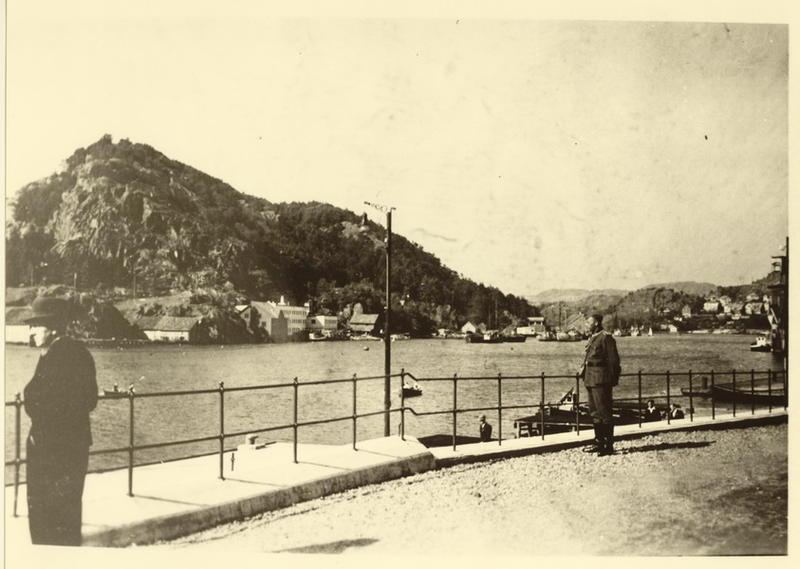 Egersund havn. Sommeren 1940.