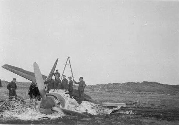 Junker Ju88 truffet av bomber på Sola i april 1940.